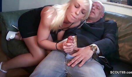 Katya com um bom pé joga o dedo no porno caiu na net brasileiro dedo