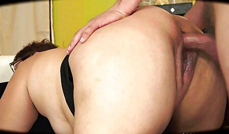 Dupla penetração jogando no insertionebcam e pornu amador inserção de pulso